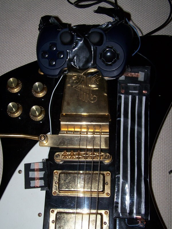 Guitar_view_of_the_first_4